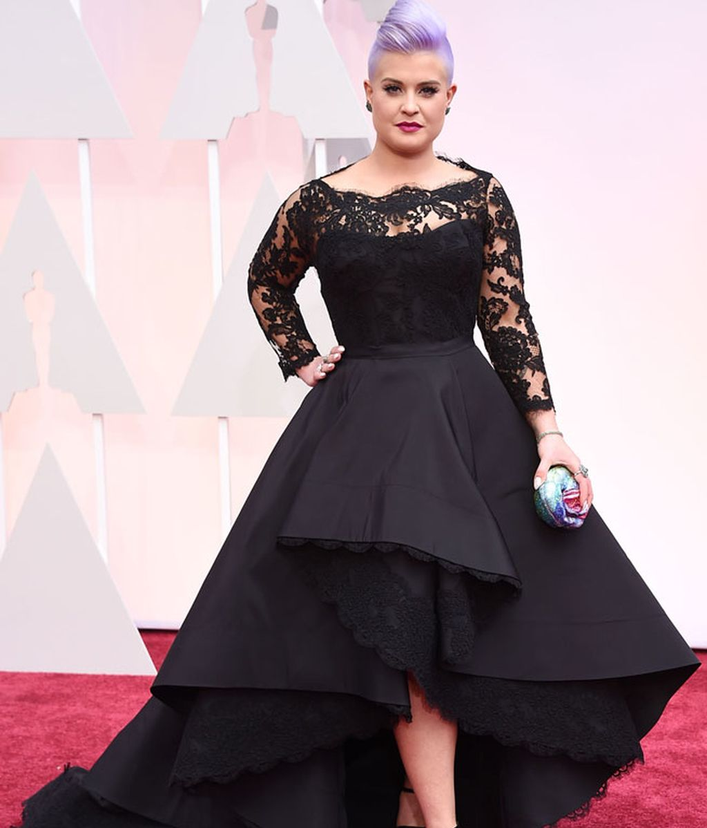 Kelly Osburne con vestido de Rita Vinieri