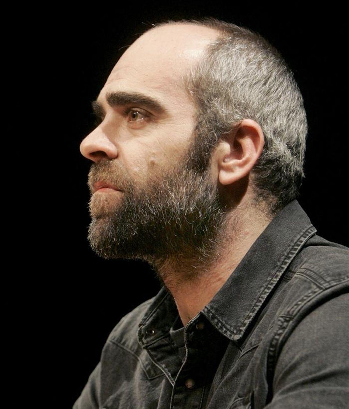 El actor Luis Tosar, durante la presentación de la nueva producción del Centro Dramático Galego, hoy en Santiago de Compostela. EFE