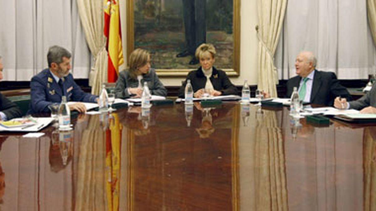 EL Congreso ha acogido un 'gabinete de crisis' por la liberación del 'Alakrana'.Vídeo: Informativos Telecinco