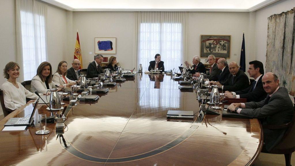 Consejo de Ministros extraordinario para aprobar la ley orgánica que hará efectiva la abdicación del Rey