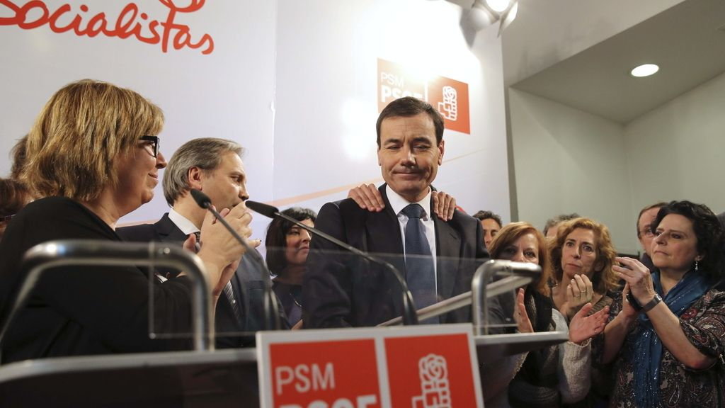 Tomás Gómez arropado por el PSM