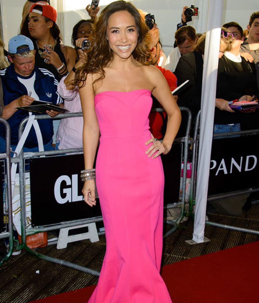 Myleene Klass, con un vestido rosa fucsia de corte sirena