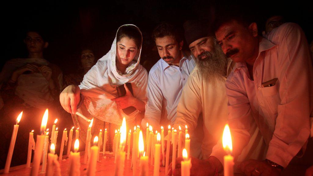 Homenaje a las víctimas de Queta