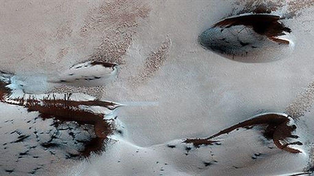 La primavera llega a Marte y comienza el deshielo de sus dunas