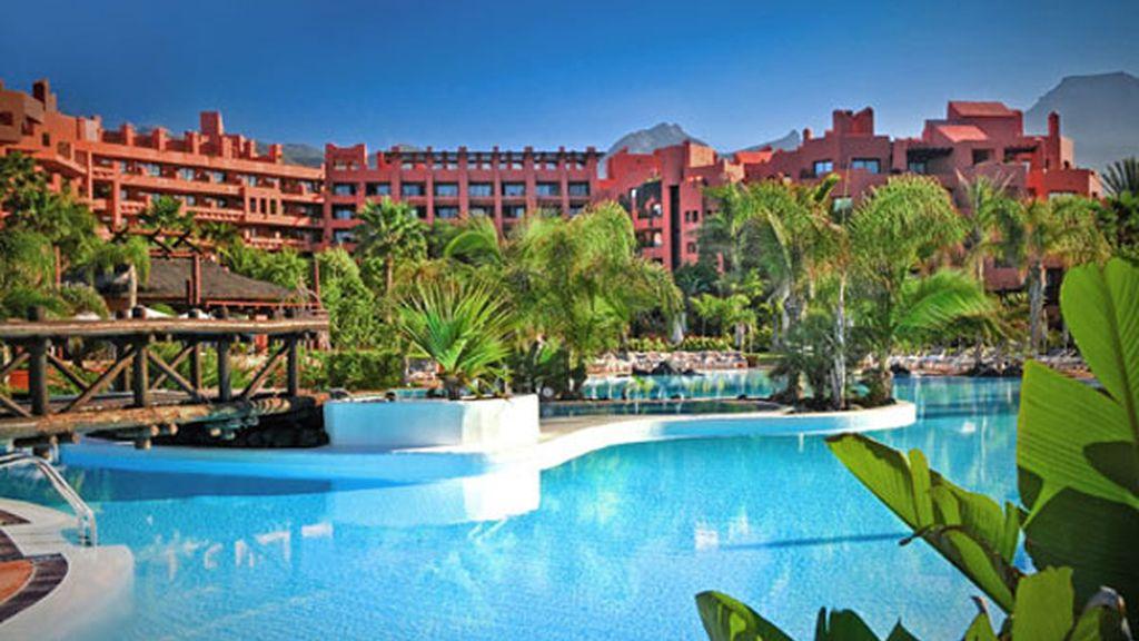 32. Hotel Sheraton La Caleta Resort & Sopa (Tenerife, España)