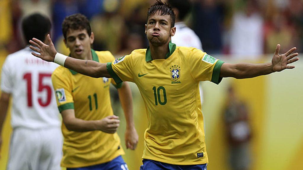 Neymar resopla tras marcar el primer gol de la Confederaciones