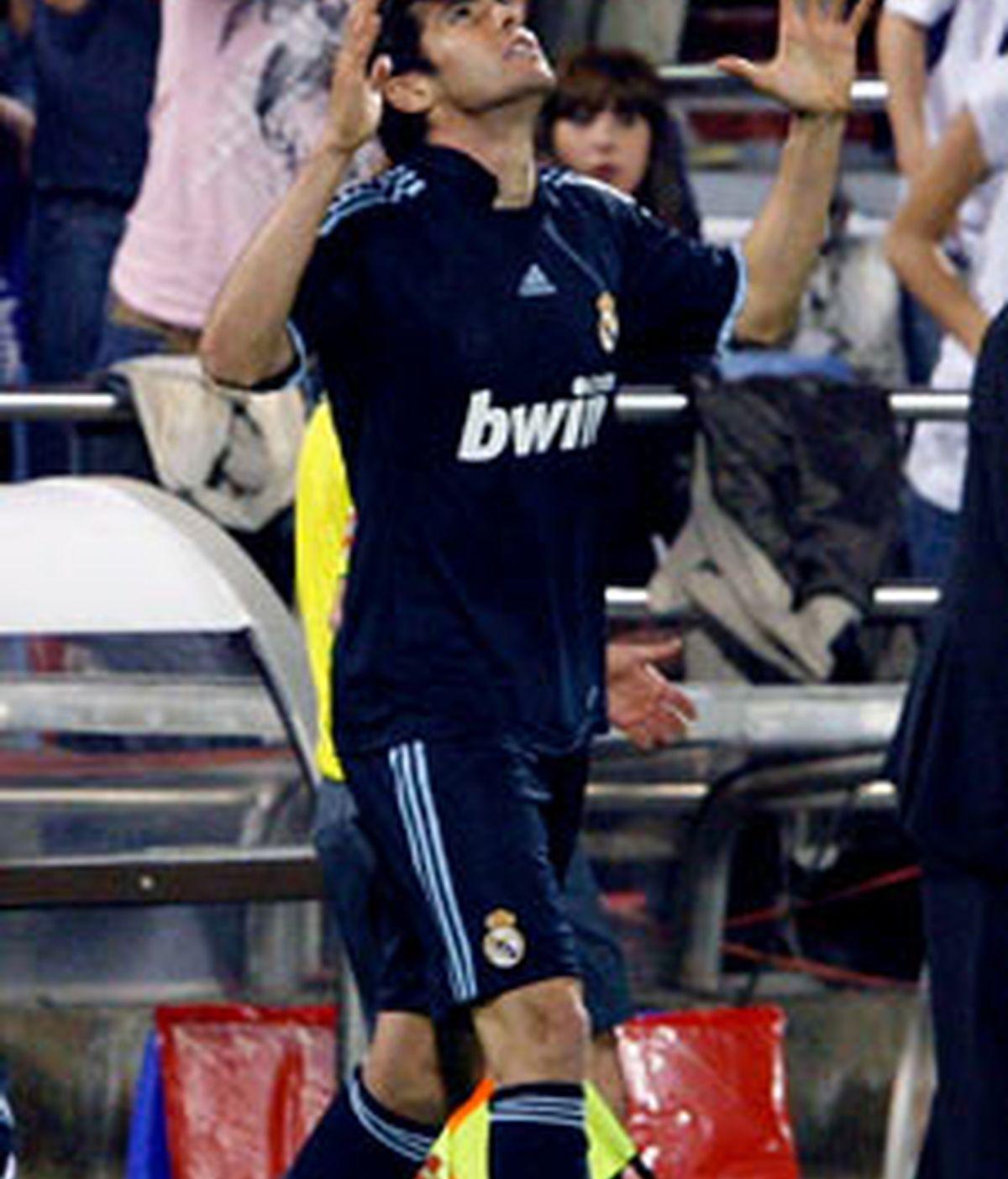 Kaká metió el segundo gol contra el Zaragoza que le dió la victoria al Madrid FOTO:EFE