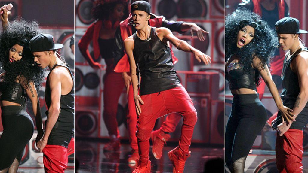 Tras su ruptura con Selena Gómez, Justin nos sorprendió con este baile sensual con la rapera Nicki Minaj