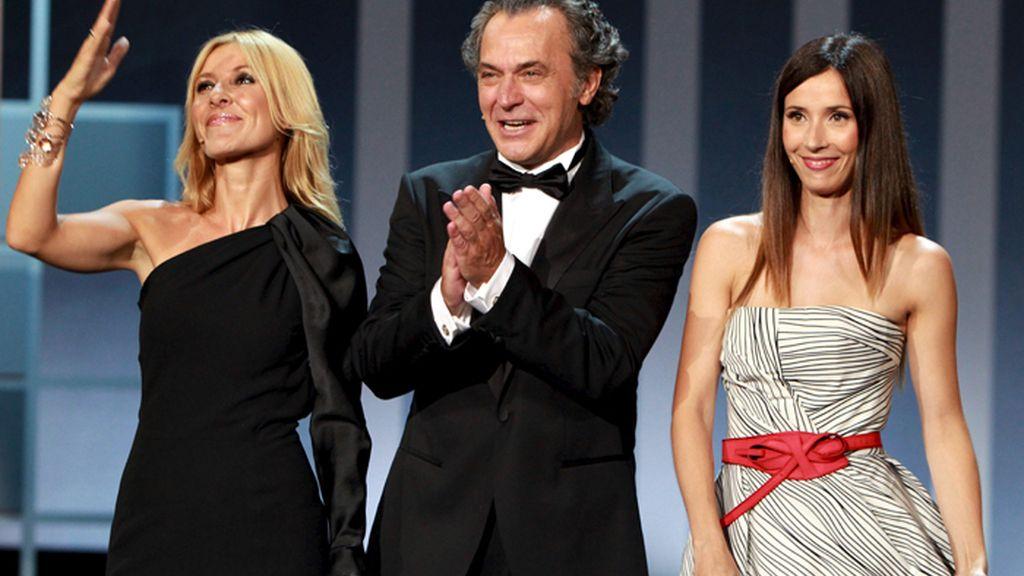 José Coronado, Barbara Goenaga y Cayetana Guillén Cuervo en la gala inaugural del Festival de Cine de San Sebastián