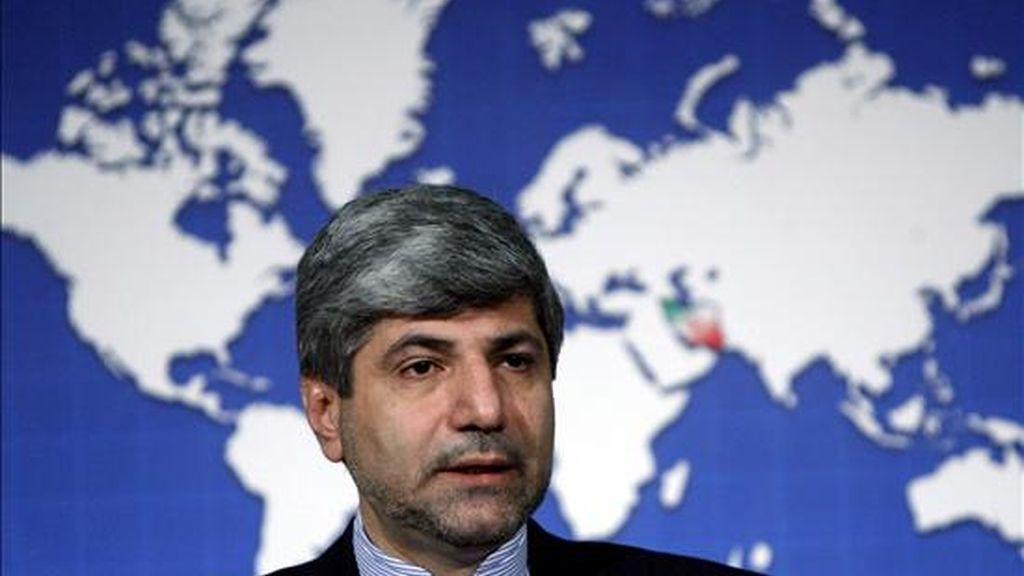 El ministro de Exteriores iraní, Ramin Mehmanparast, durante una rueda de prensa en Teherán (Irán). EFE/Archivo