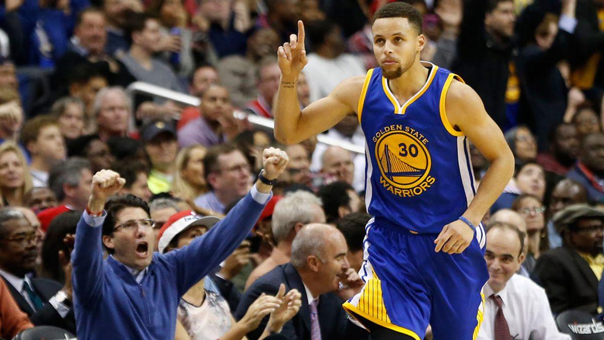 El show de Curry: 51 puntos y 11 triples (04/02/2016)