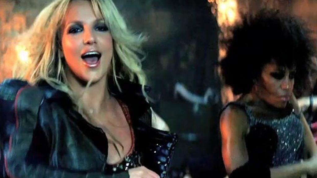 Britney Spears cuelga en twitter las fotos de su último vídeo