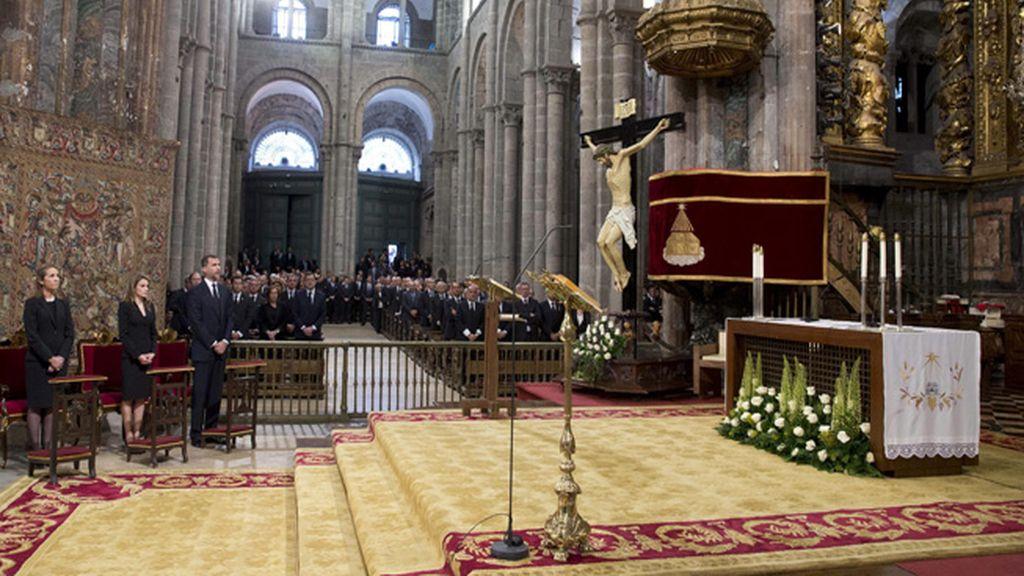 En recuerdo a las víctimas de la tragedia de Santiago