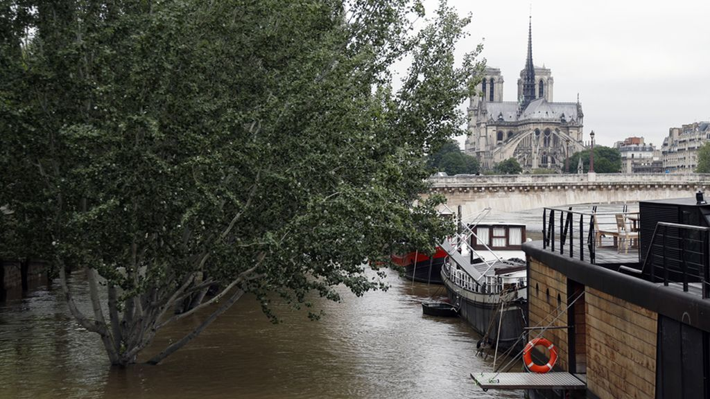 Los dos museos han cerrado sus puertas por temor a las inundaciones
