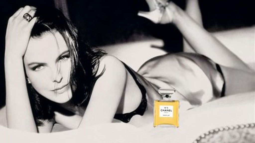 Carole Bouquet, chica Bond y chica Chanel