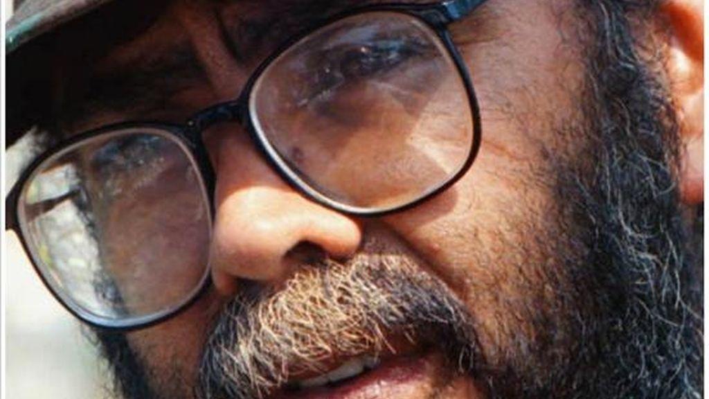 """Guillermo León Sáenz, alias """"Alfonso Cano"""", sostuvo en un video que las FARC no dejarán """"un solo instante de luchar por la solución política del conflicto"""" porque, según justificó, aman la paz. EFE/Archivo"""