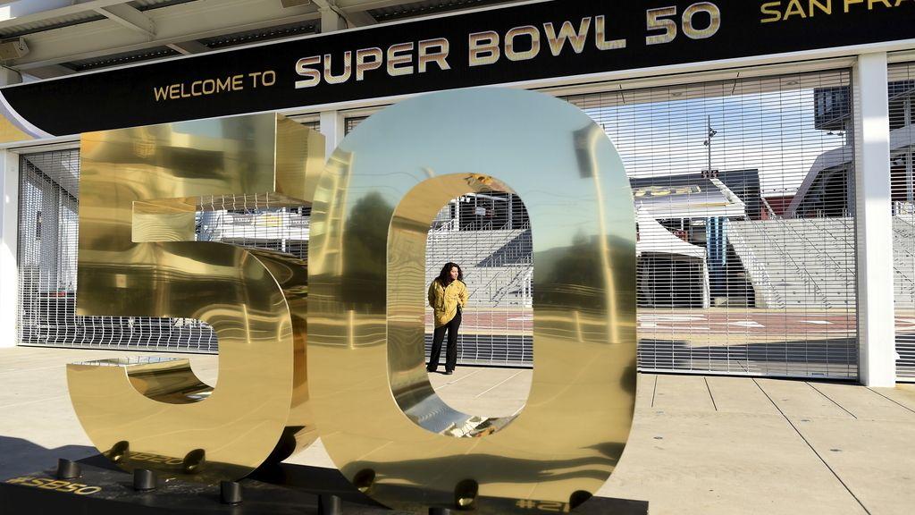 Santa Clara se prepara para la 50 edición de la Super Bowl (01/02/2016)