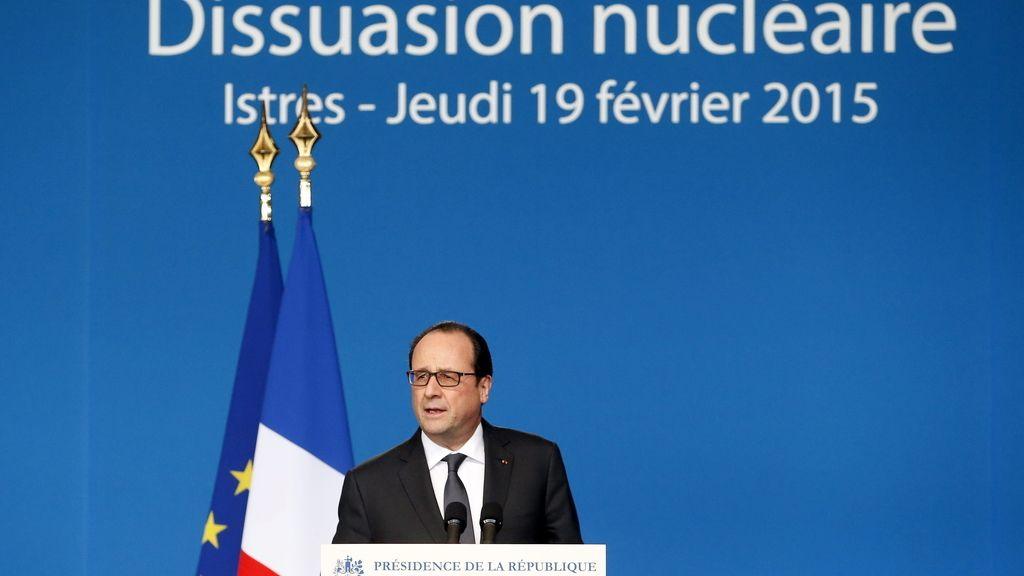 El Gobierno francés sobrevive a la moción de censura presentada por la Ley Macron