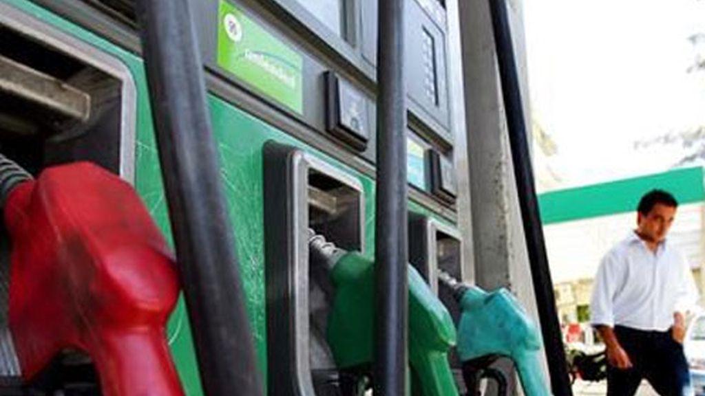 La bajada de los carburantes y lubricantes y del viaje organizado han sido fundamentales en el IPC.