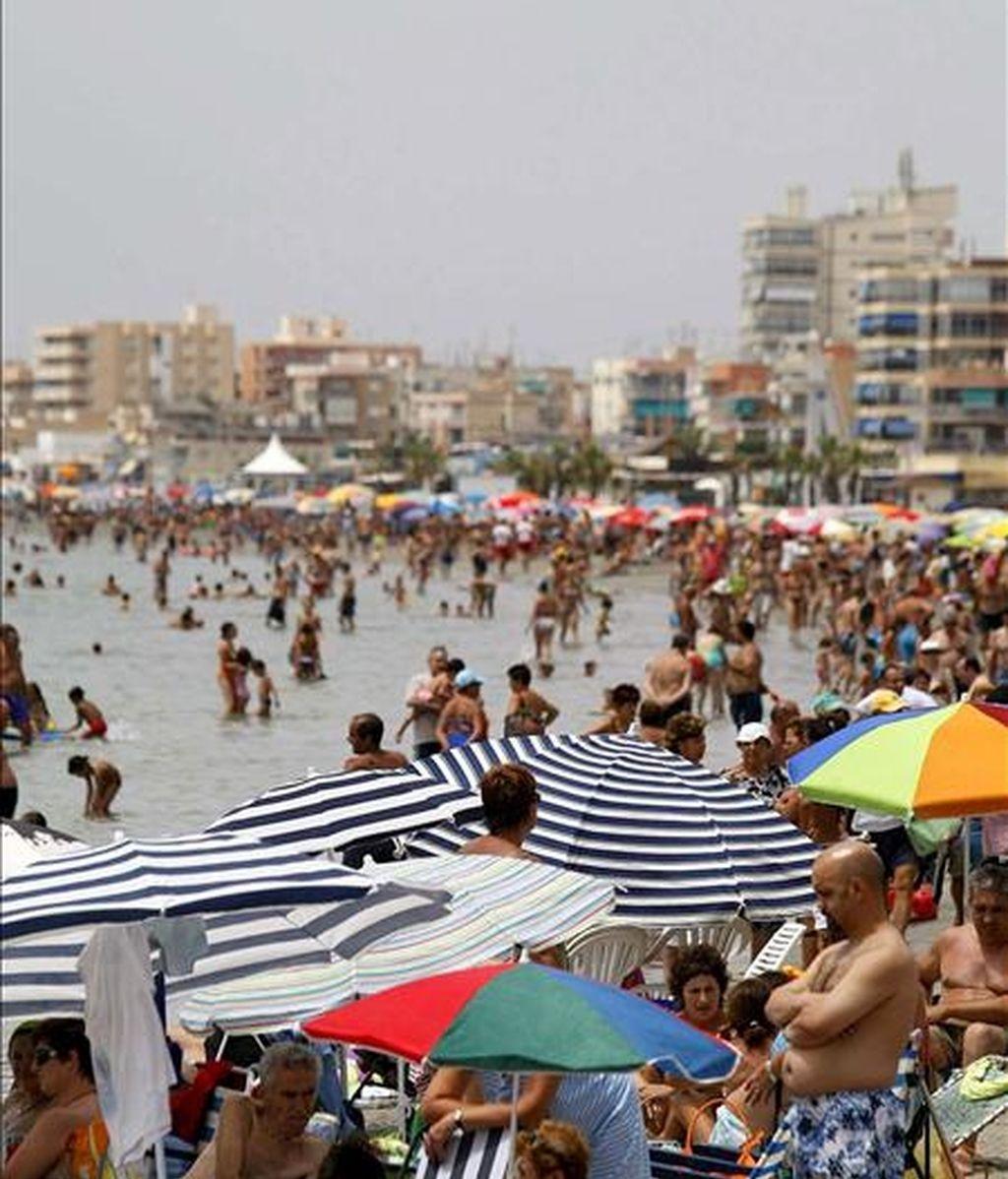 Una playa de Santa Pola. EFE/Archivo