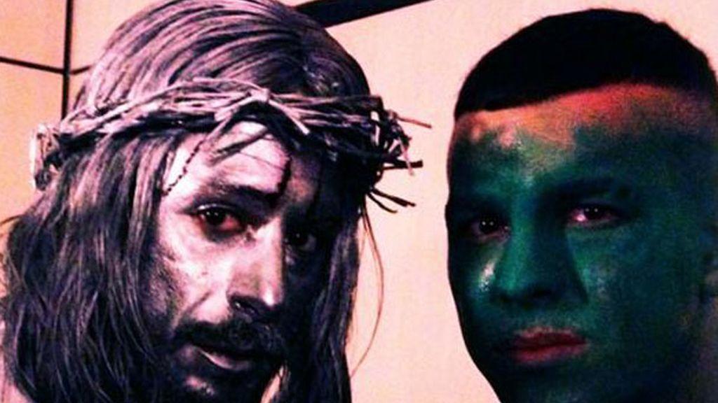 De Jesucristo plateado y de soldadito verde, causaron expectación en Sol