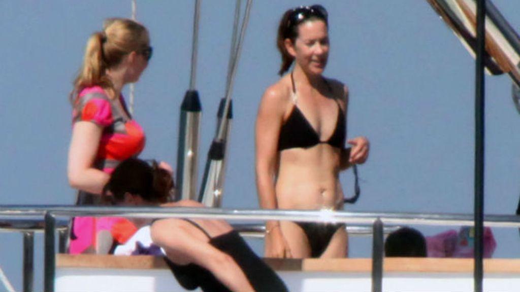 Mary Donaldson en bikini en Porto Cervo en 2009