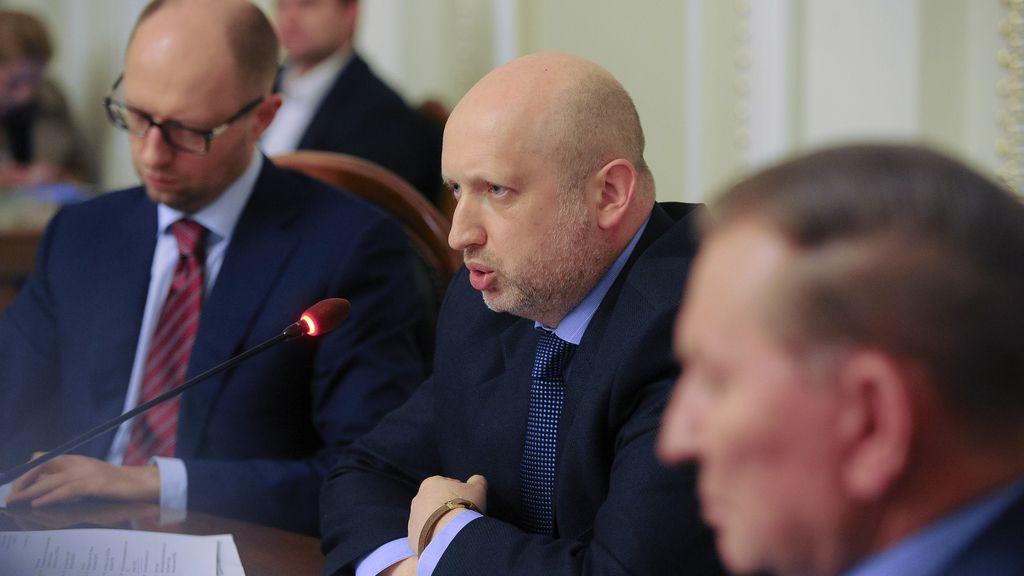El presidente interino de la Rada, Oleksandr Turchinov preside el diálogo nacional