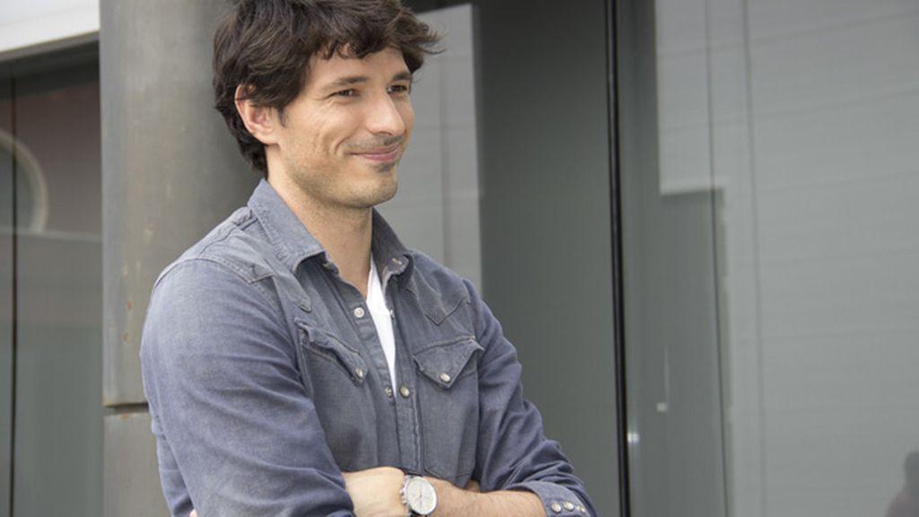 El modelo encarnará a Rubén Barahona, un intérprete acosado por los paparazzi