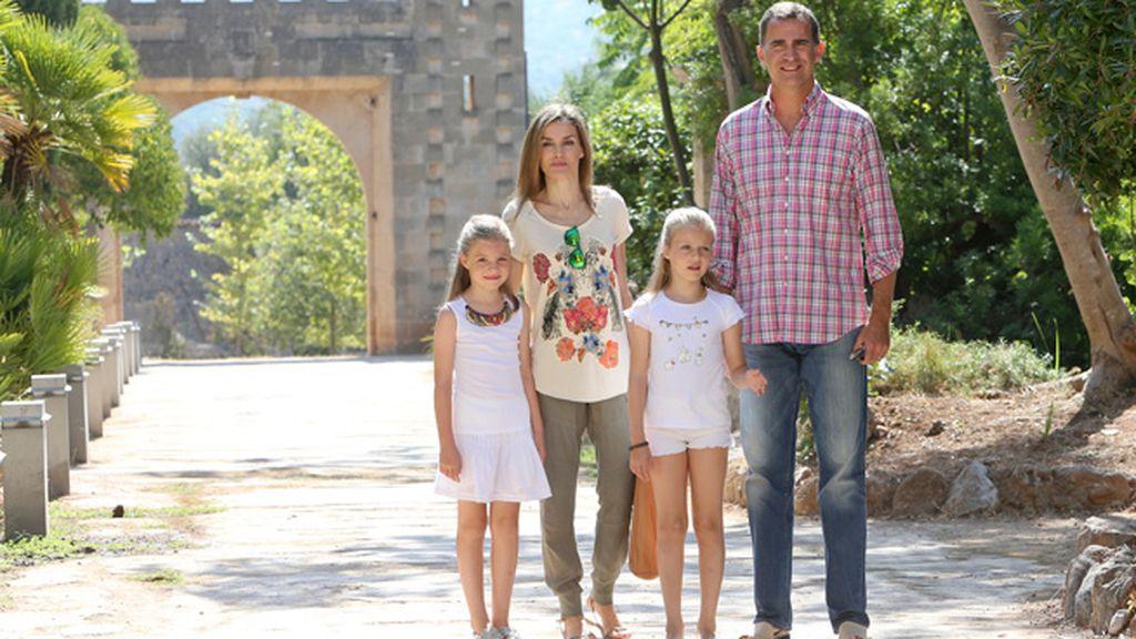 Visitan la finca Raixa en Mallorca