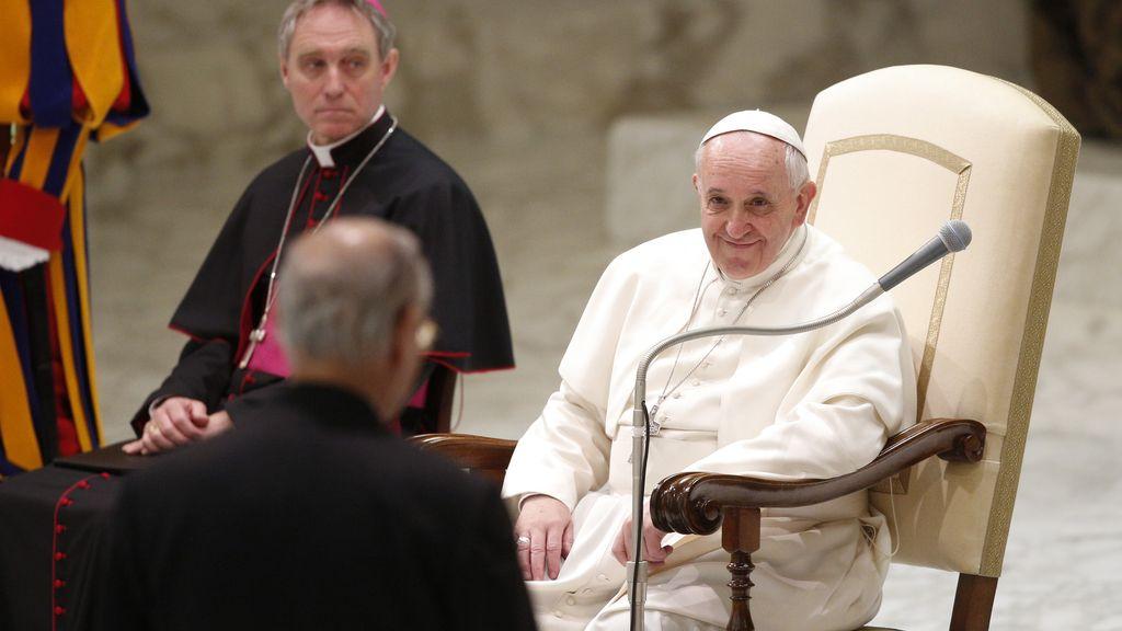 El Papa Francisco pide perdón por los abusos sexuales a menores