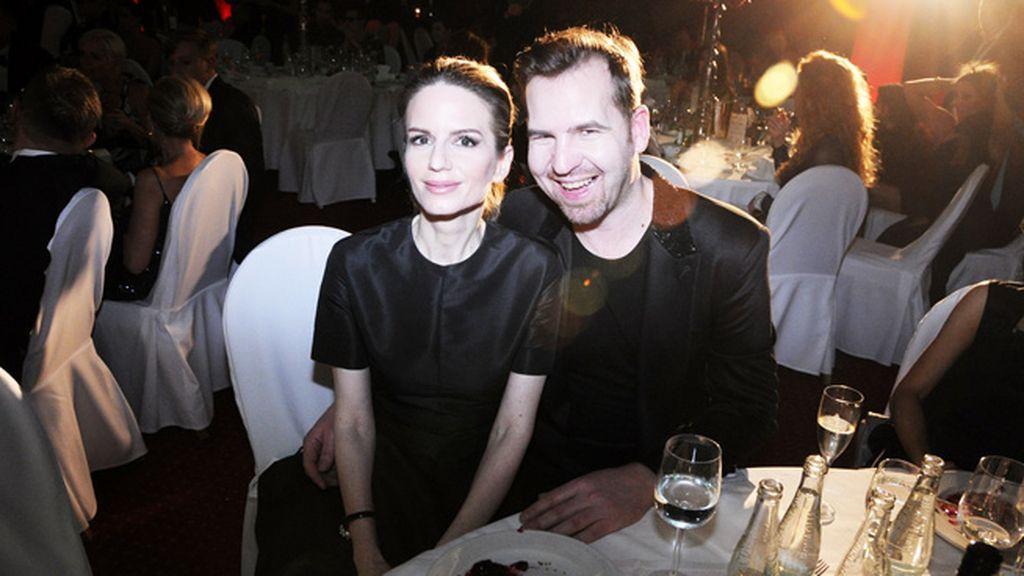 La estilista Zuzana Kanisová junto al diseñador Fero Miklósko