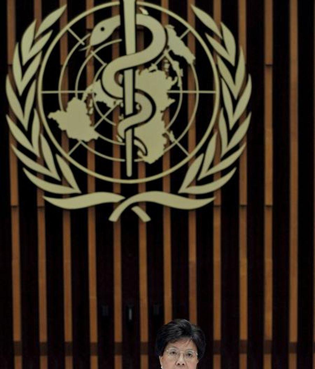 """La directora general de la Organización Mundial de la Salud (OMS), Margaret Chan, fotografiada durante la rueda de prensa celebrada en la sede de este organismo en Ginebra, Suiza hoy jueves 11 de junio de 2009.La Organización Mundial de la Salud elevó hoy a 6 (máximo en la escala) el nivel de alerta por la gripe A, aunque precisó que se trata de """"una pandemia moderada"""" a nivel global. EFE"""