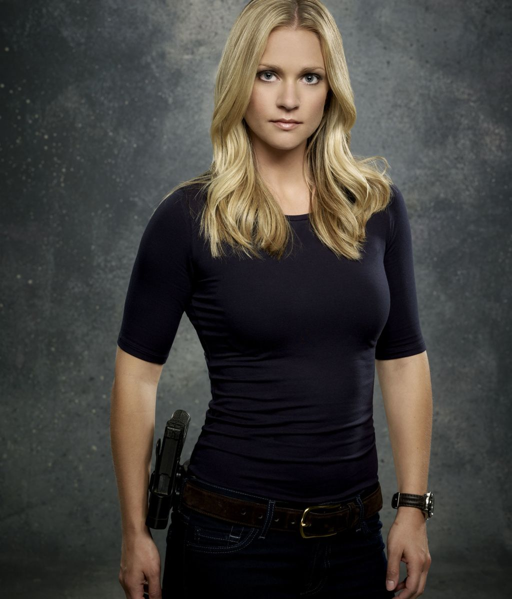 Jennifer 'JJ' Jareau (interpretado por A.J. Cook)