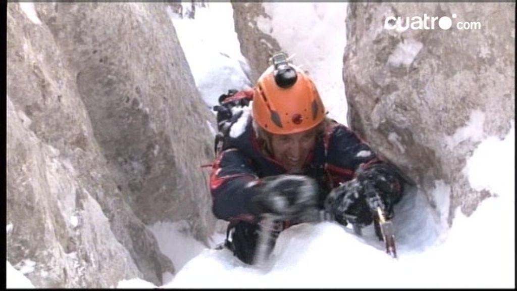 Ante el peligro de avalanchas Jesús Calleja tiene complicaciones para terminar el Desafío