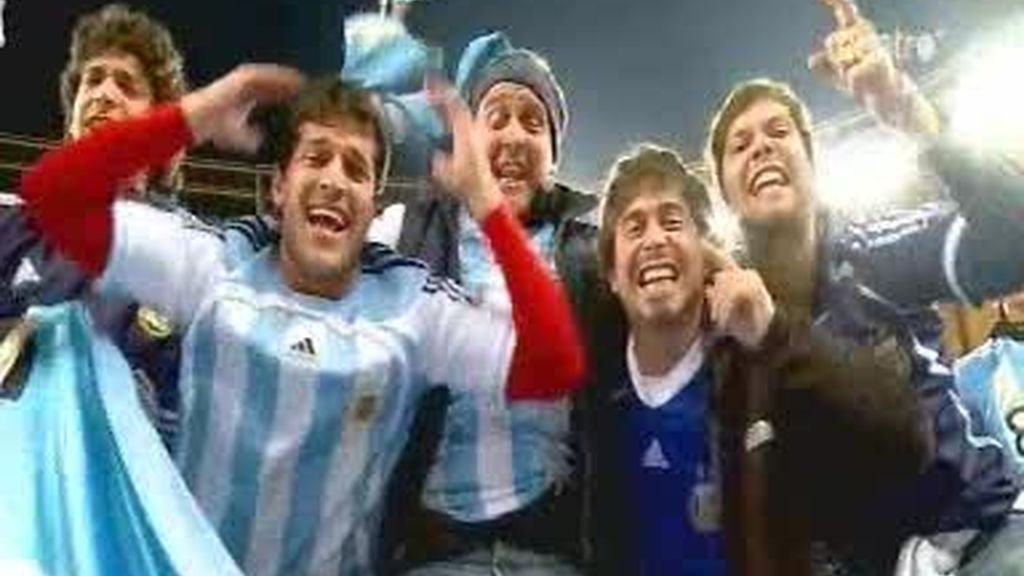 La afición argentina nunca se rinde