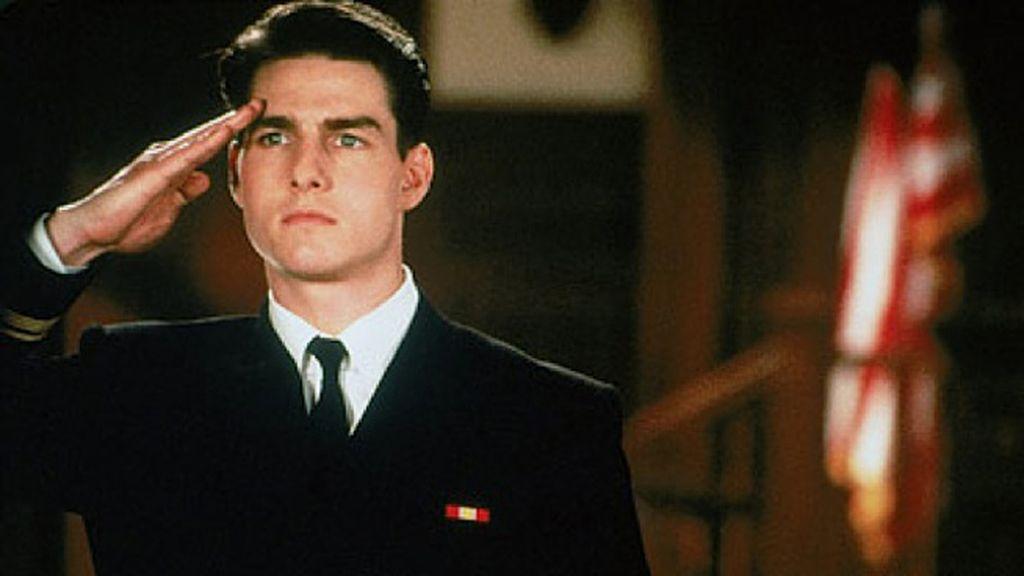 Tom Cruise es el alferez Kaffe, defensor de marines en 'Algunos hombres buenos'