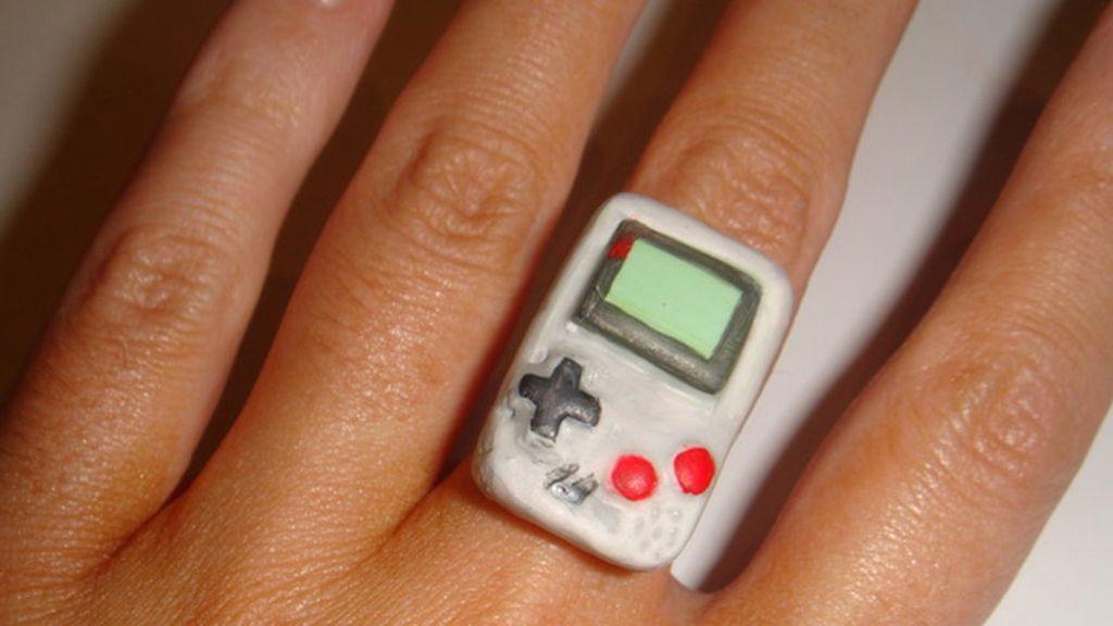Como 'Game Boy' al dedo