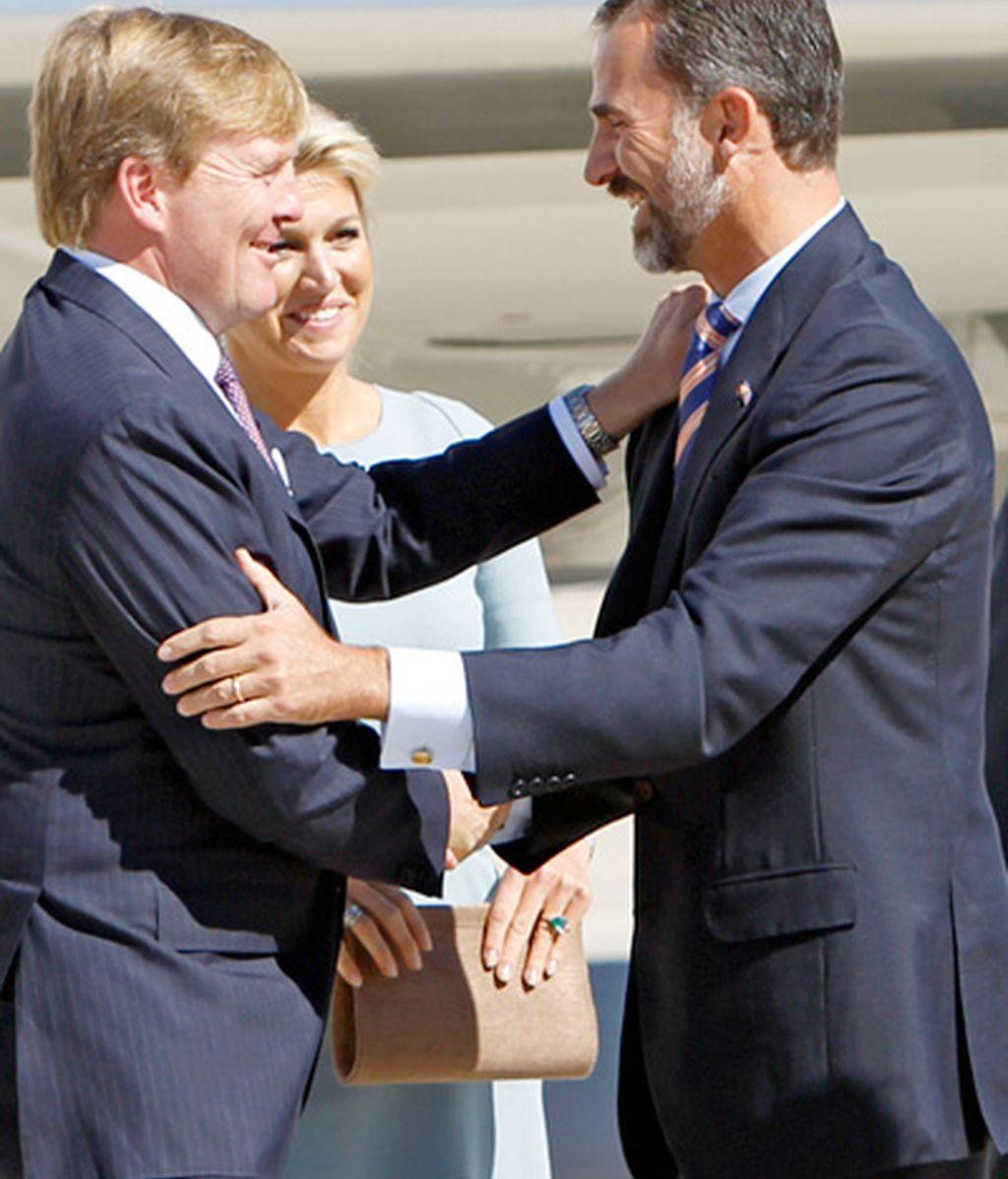 Los Reyes de Holanda aterrizan en tierras españolas