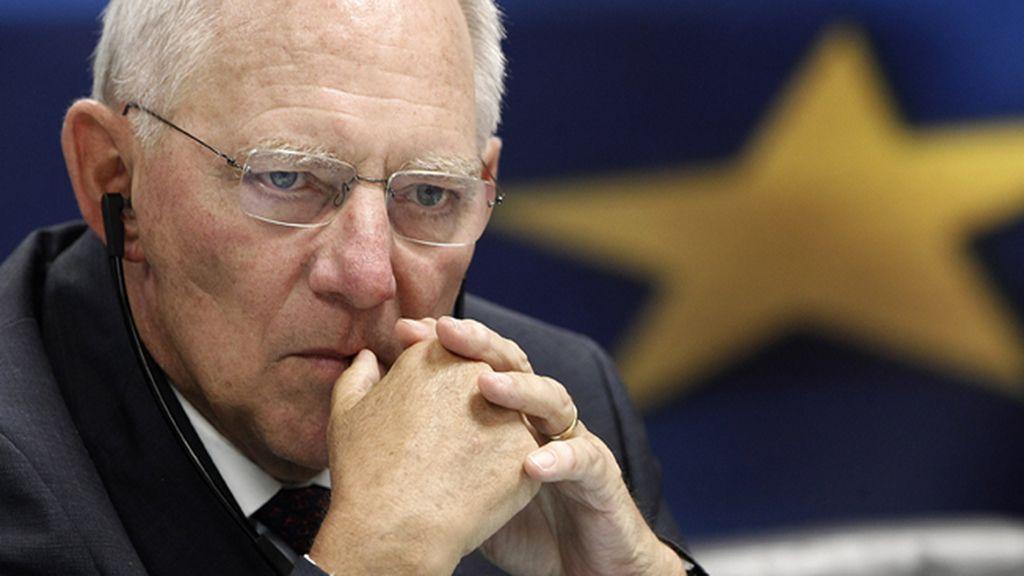 Wolfgang Schaeuble admite que Grecia necesita un tercer rescate