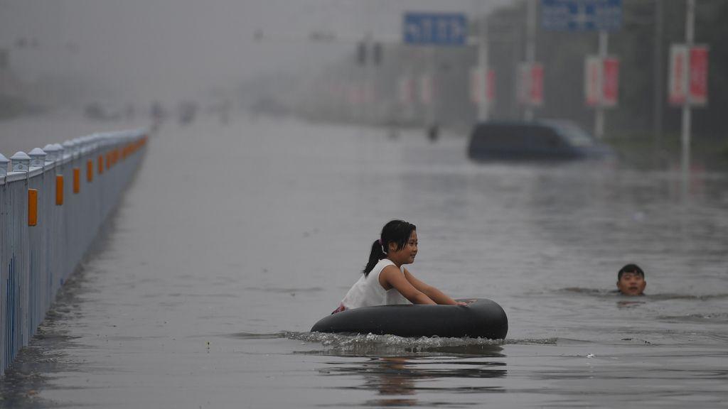 Calles anegadas en China