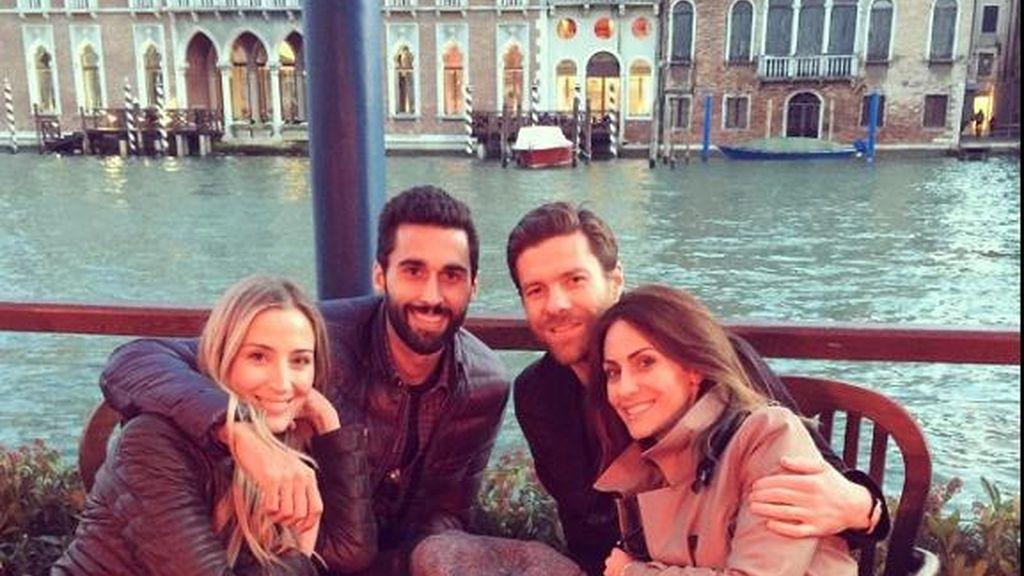 Xabi Alonso y Arbeloa, de fin de semana de parejas en la ciudad del amor...sin niños