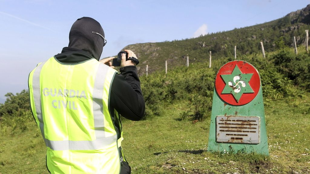 La Guardia Civil graba imágenes en el Bosque de los Gudaris