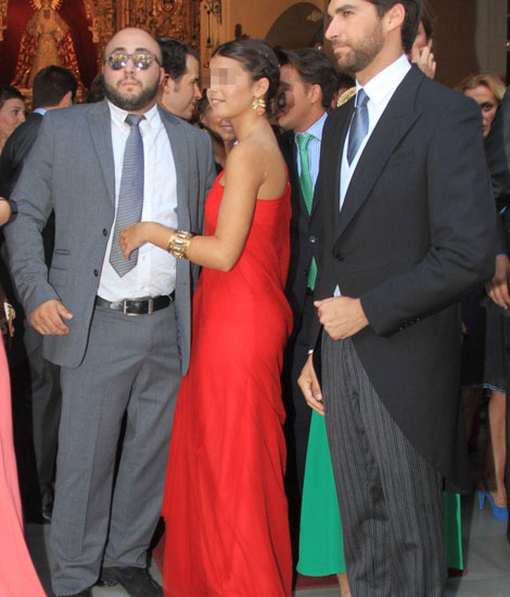 Tana junto a sus tíos, Kiko y Cayetano Rivera