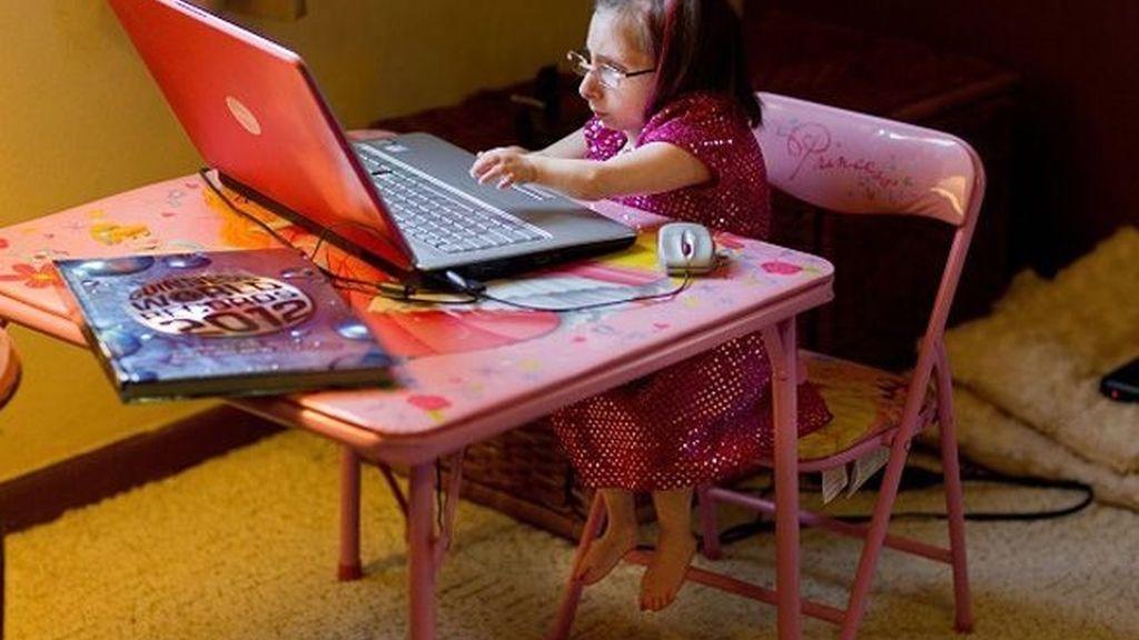 La joven Bridgette vive en EEUU.