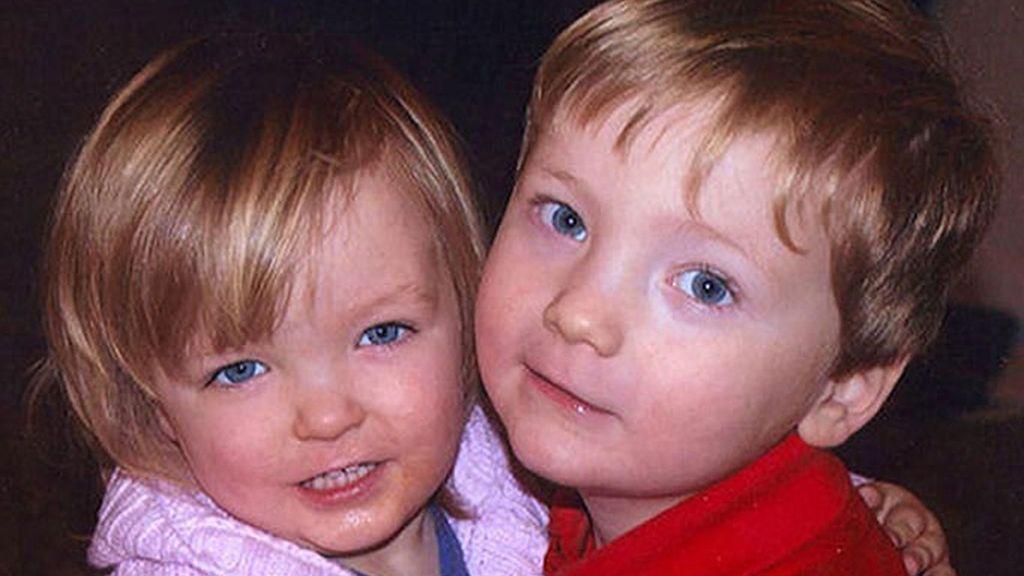 Mató a sus dos hijos para culpar a su pareja de asesinato