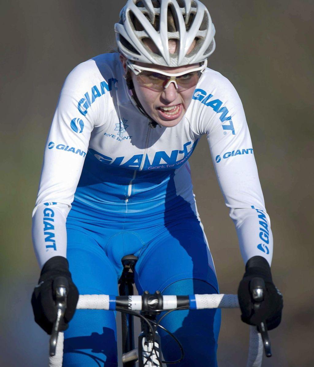 Muere la ciclista Annefleur Kalvenhaar