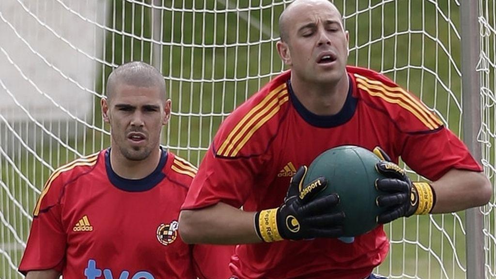 Valdes y Reina en un entrenamiento con la selección española