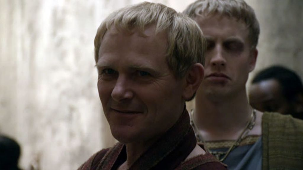 Batiatus se enfrenta a su padre, Titus