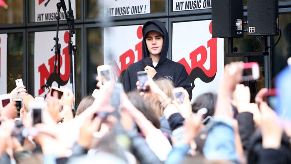 Justin se siente acosado