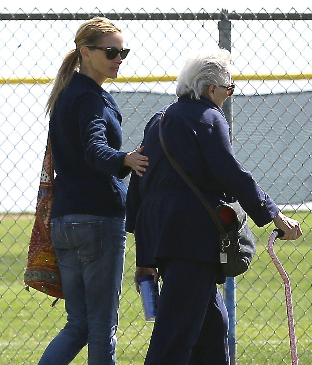 Julia Roberts con su madre en una imagen de archivo